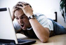 La computadora se vuelve lenta y nosotros sufrimos. Foto: Theconversation
