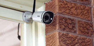 Cámara de seguridad IP exterior.